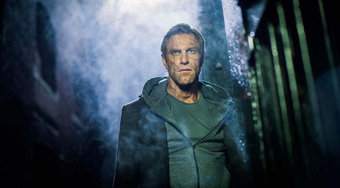 2014 voit le mythe de Frankenstein dépoussiéré avec la sortie en salles de I, Frankenstein, signé Stuart Beattie