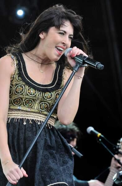 2011 : Nolwenn chante dans la robe du créateur breton Pascal Jaouen