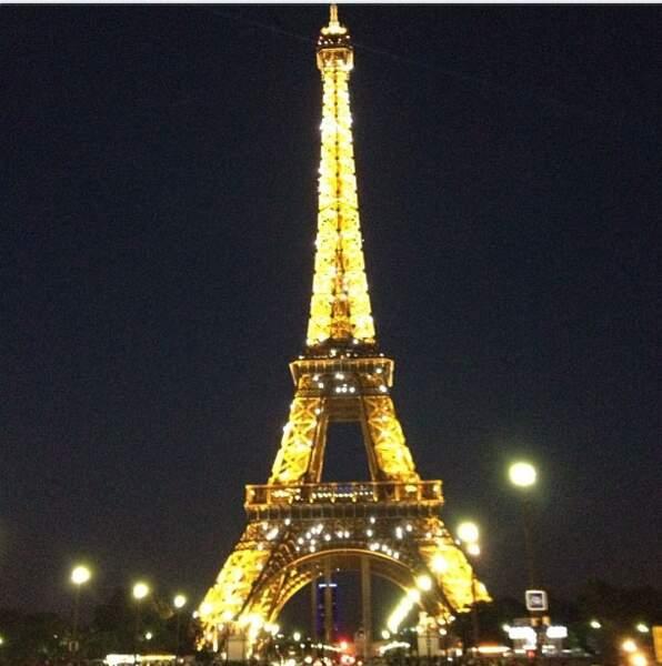 Et on termine par cette photo de Kim Kardashian, visiblement à Paris ces jours-ci