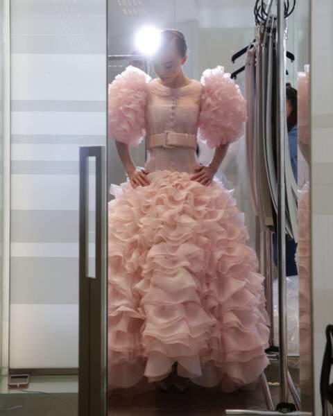 Mais aussi Lily-Rose Depp, sublime mariée pour Karl Lagerfeld au défilé Chanel.
