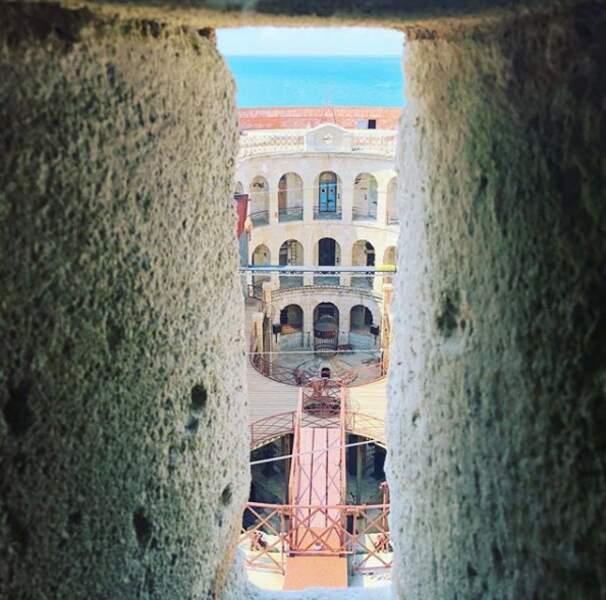 Vincent Cerutti partage une superbe photo de l'intérieur du Fort