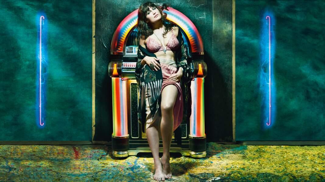 PS : Elle est aussi dispo pour animer vos soirées jukebox. Tarifs inconnus.