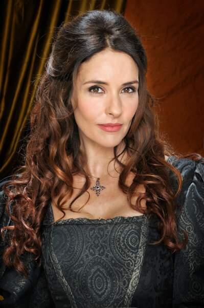 Patricia Vico (Teresa) aimerait bien qu'on la regarde dans les yeux