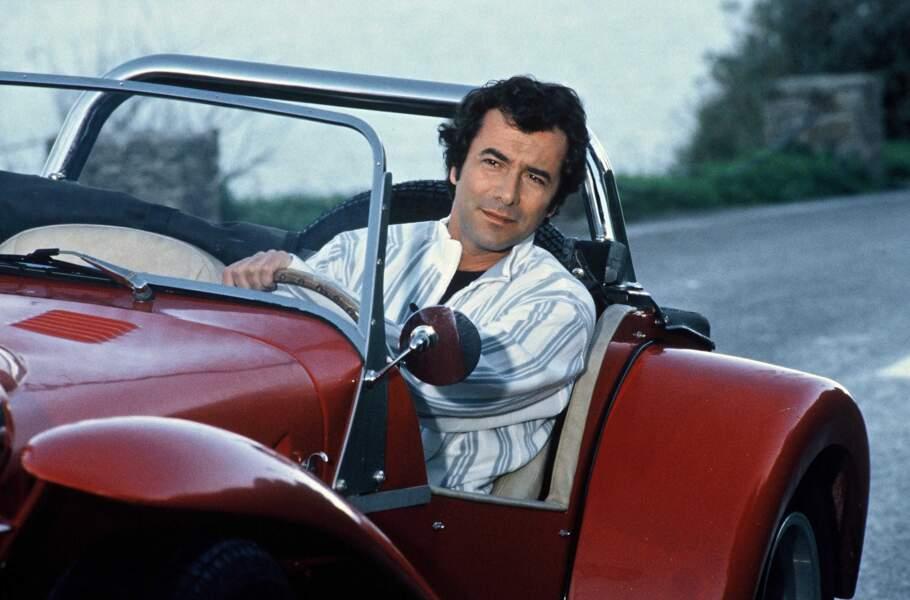 Bernard Montiel a incarné le célèbre acteur Patrick Saint-Val et aura eu une relation avec Caroline.