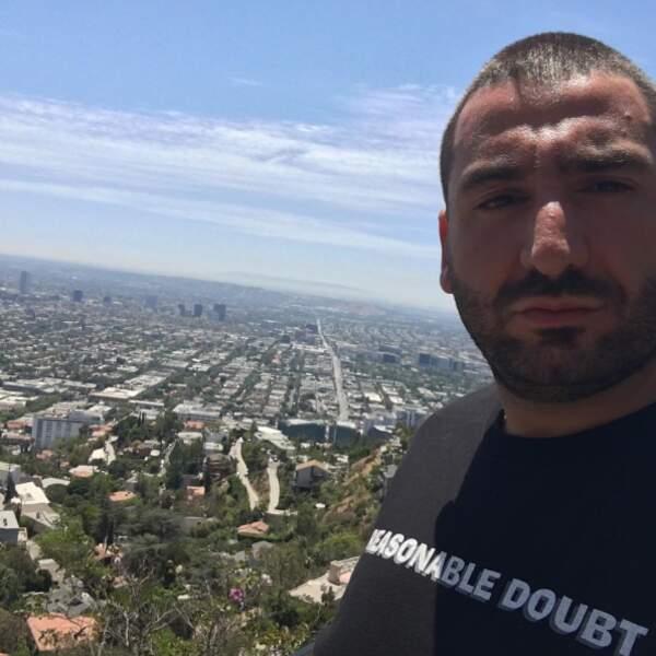 Et rando pour Mouloud Achour sur les hauteurs de Hollywood.