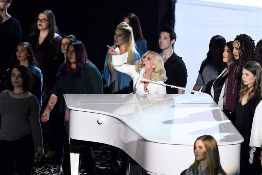 Lady Gaga n'a pas sa langue dans sa poche !