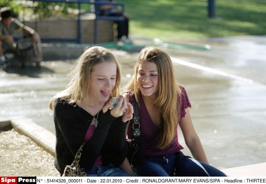 En 2003, elle se révèle dans le film Thirteen au côté d'Evan Rachel Wood. Un long métrage qu'elle coécrit…