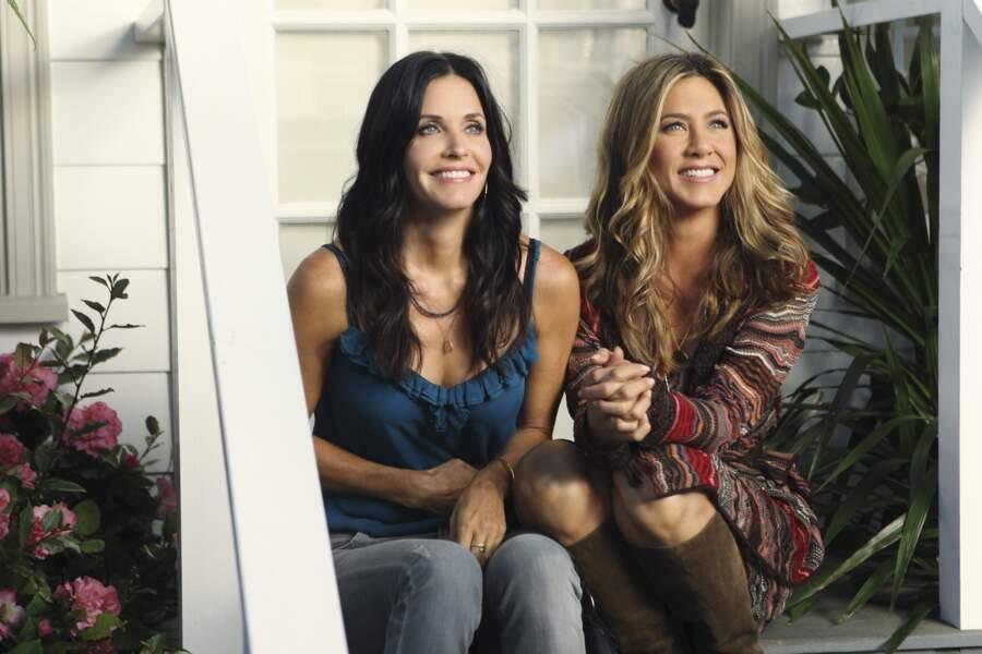 En 2010, elle fait une apparition dans Cougar Town, la série de sa copine Courtney Cox