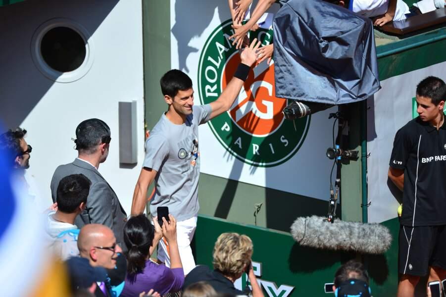 Novak Djokovic arrive en rock star
