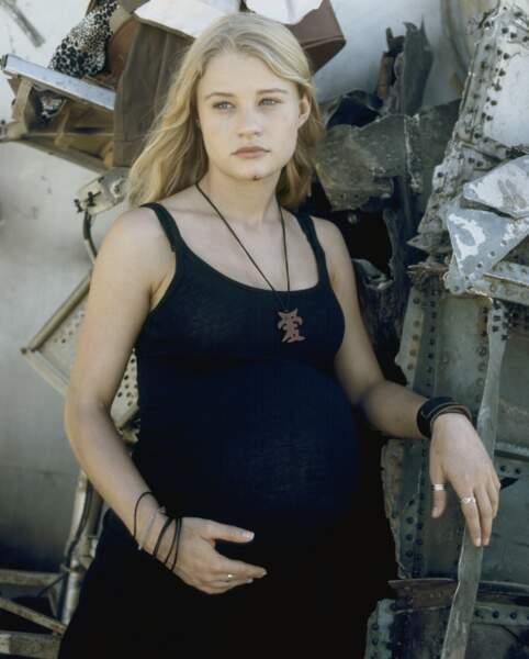 Claire Littleton (Emilie de Ravin) s'est retrouvée sur l'île alors qu'elle était enceinte de 8 mois