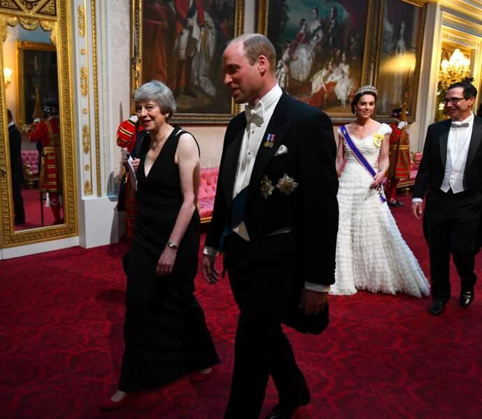 Kate et William ont les honneurs de la tête de la procession
