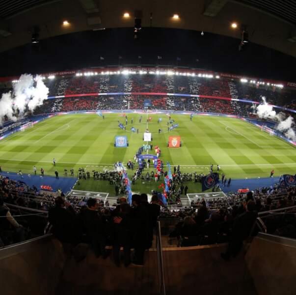 Sinon, c'était le retour au Parc pour les champions parisiens. Quel accueil !