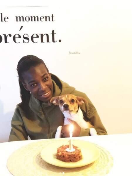 La footballeuse célèbre l'anniversaire de son chien prénommé Nala