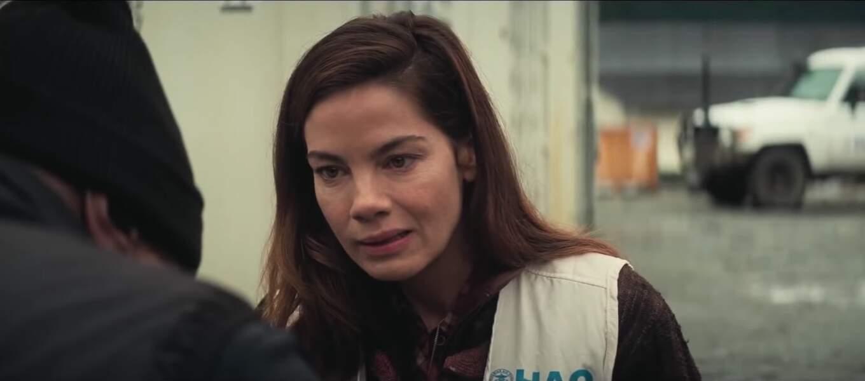 Michelle Monaghan joue Julia Hunt, la femme d'Ethan. Elle était déjà à l'affiche des épisodes 3 et 4.