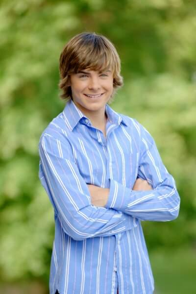 Sage comme une image, Zac Efron fut le héros des téléfilms Disney High School Musical 1 et 2 (2006-2007).