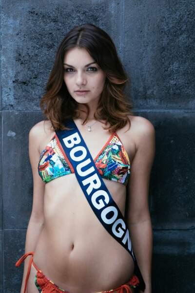 Miss Bourgogne, Naomi Bailly