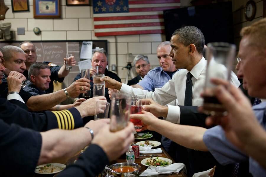 Check, apéro, il est sympa, ce Barack