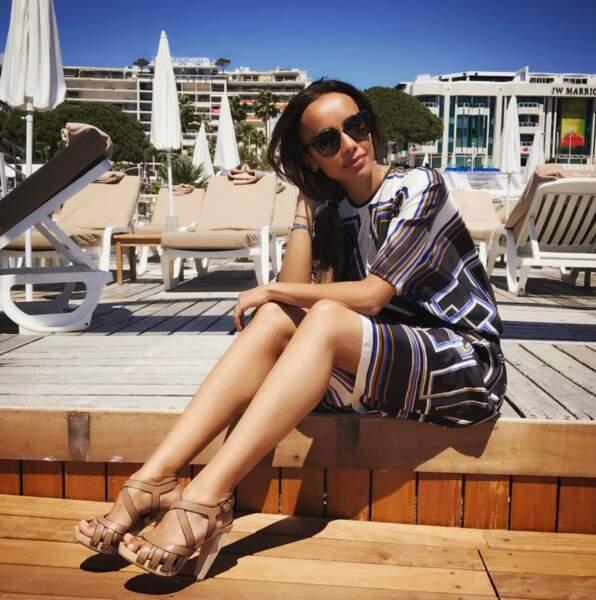 Sonia Rolland prend le soleil en toute simplicité