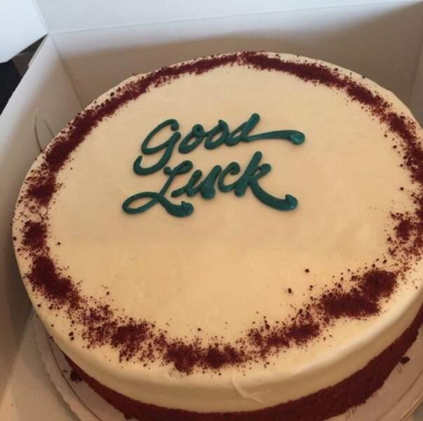 Un beau gâteau d'encouragement pour l'animateur
