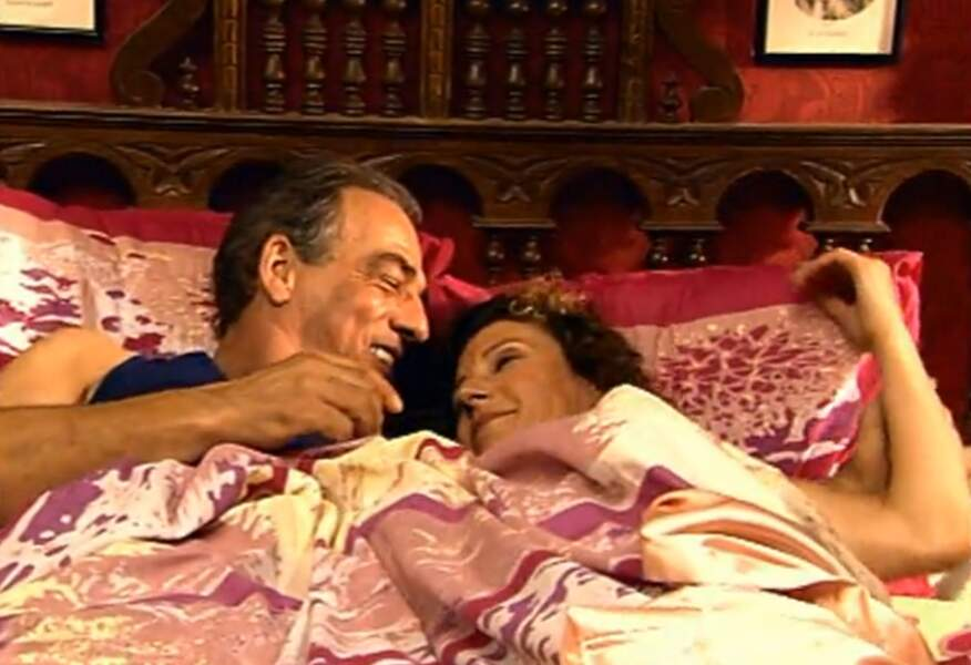 Roland et Mirta profitent de leur dernière matinée de tranquillité avant le retour de tout le monde.