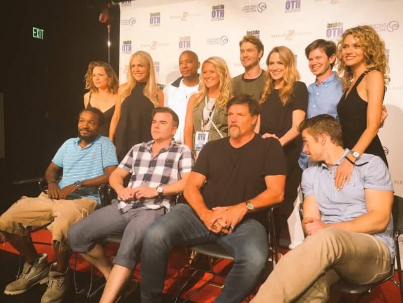 Les acteurs se prêtent régulièrement au jeu des conventions, même longtemps après la fin de la série