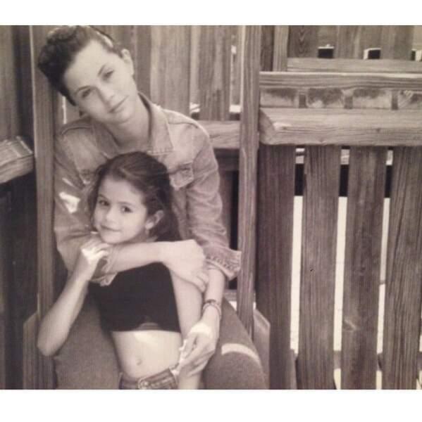 Ou la déclaration d'amour de Selena Gomez à sa maman (à qui elle ressemble comme deux gouttes d'eau).