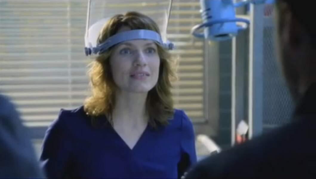 Vous rappelez-vous du docteur Rose Carlyle, par Kathleen Rose Perkins ?