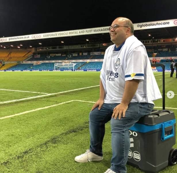 Yoann Riou, journaliste-commentateur de la chaîne L'Équipe, est aussi de la partie