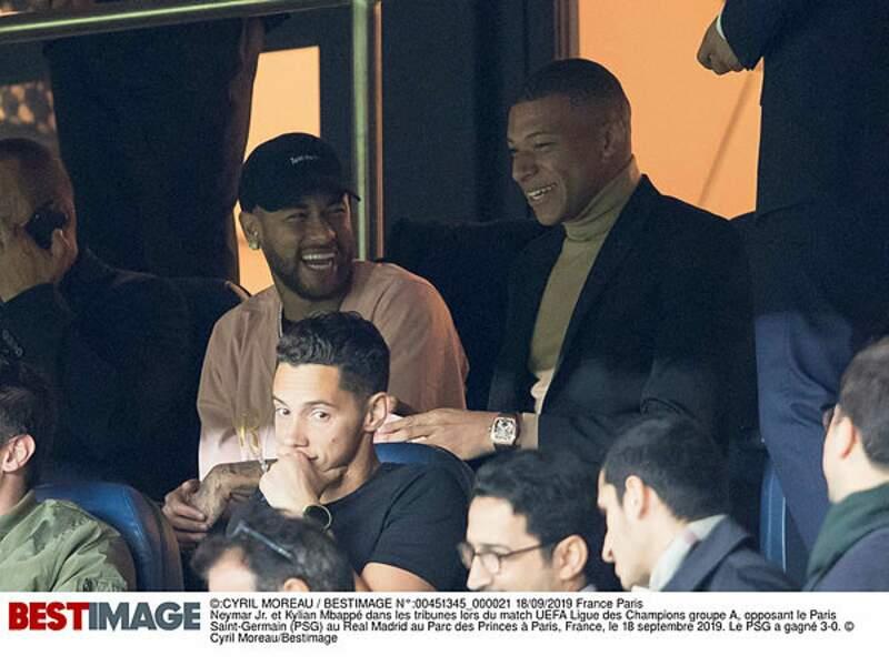 Neymar et MBappé s'éclatent dans les gradins