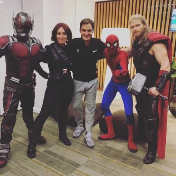 Et Roger Federer a rencontré les Avengers... Enfin, leurs cousins germains quoi.