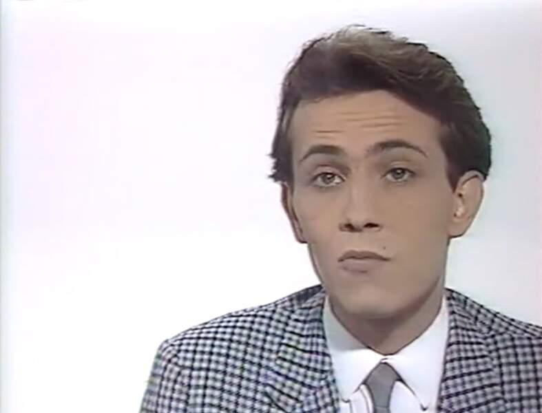 Eric Poret, présentateur du Journal de M6, en 1987