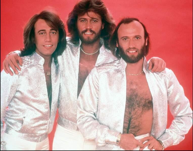 Au top des charts, au top du disco, au top du torse-poil, les frères Gibb des Bee Gees ont la Night Fever.
