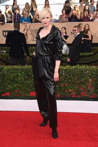 Le look masculin-féminin de Gwendoline Christie ? On adore !
