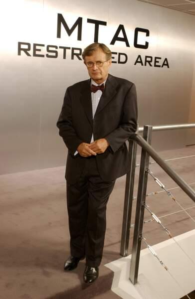 David McCallum porte la blouse du médecin légiste Donald Mallard