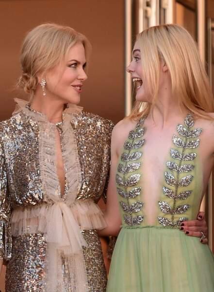Nicole Kidman et Elle Fanning très complices sur le tapis rouge du Festival de Cannes
