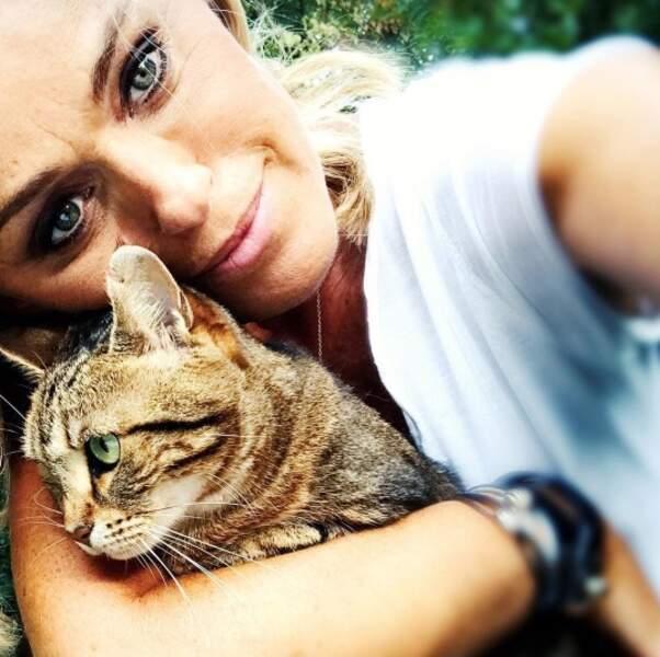 Cécile de Ménibus nous a présenté Charlotte, ancienne chatte sauvage.