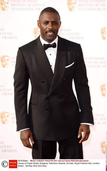 Dans le genre classe, bon acteur, taillé comme un roc et séducteur, Idris Elba se pose là