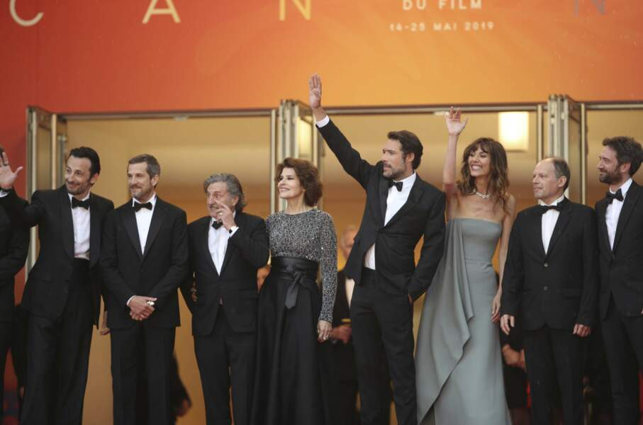 L'équipe du film La belle époque autour de Nicolas Bedos