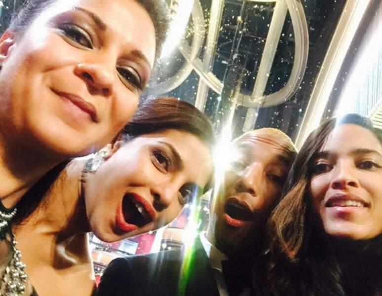 Priyanka Chopra et Pharrell Williams, maîtres du selfie !