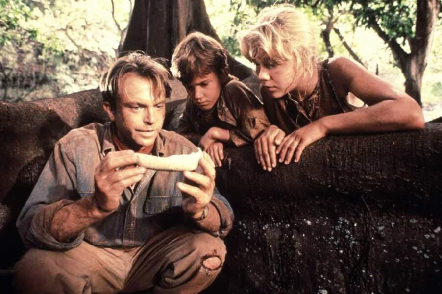 En 1993, Steven Spielberg choisit des jeunes acteurs comme héros de son film événement... JURASSIC PARK !