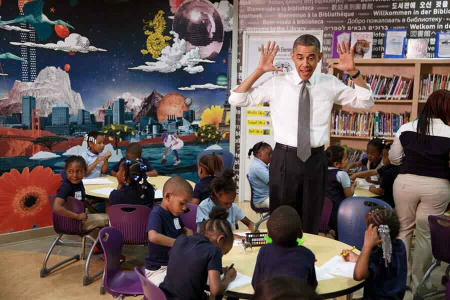 En mai 2013, le Président visite une école