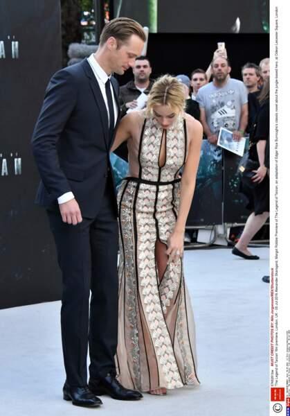 """""""Oh Alexander je crois que j'ai un petit problème de robe..."""""""
