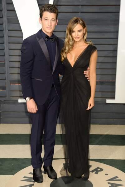 Miles Teller et sa chérie arrivent à la soirée Vanity Fair après la cérémonie