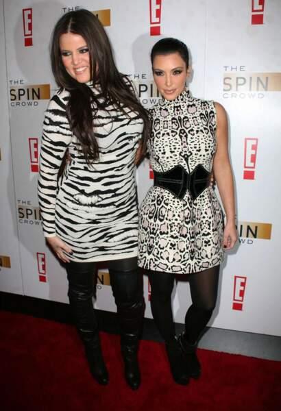 Khloé et Kim Kardashian (New York, 2010)