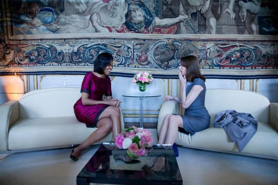 Deux jours plus tard, la Première Dame américaine reçoit son homologue Carla Bruni