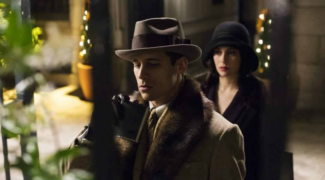 Martino Rivas est Carlos Cifuentes à l'écran dans la série espagnole de Netflix