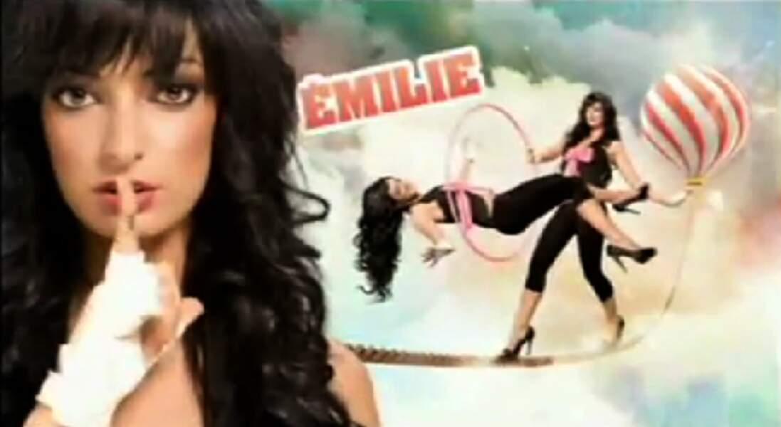 """Emilie (Saison 3). Son secret : """"Ma pire ennemie est dans la maison"""" (Vanessa)."""