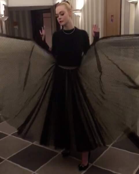 Elle Fanning, en mode Bat-Girl, pour cette soirée d'ouverture
