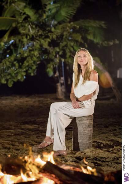Julie Taton lors du feu de camp de L'Ile de la tentation 2019