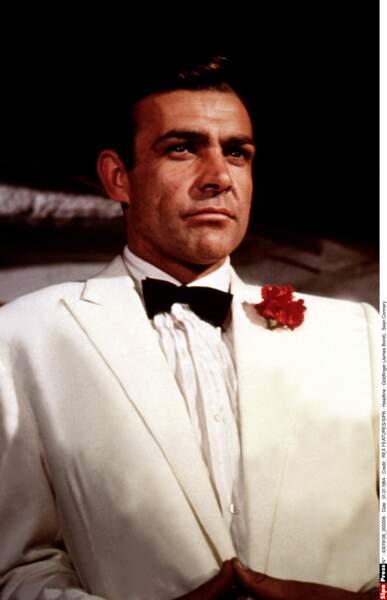 Sean Connery a incarné l'agent secret 7 fois, la dernière fois dans Jamais plus jamais, en 1983